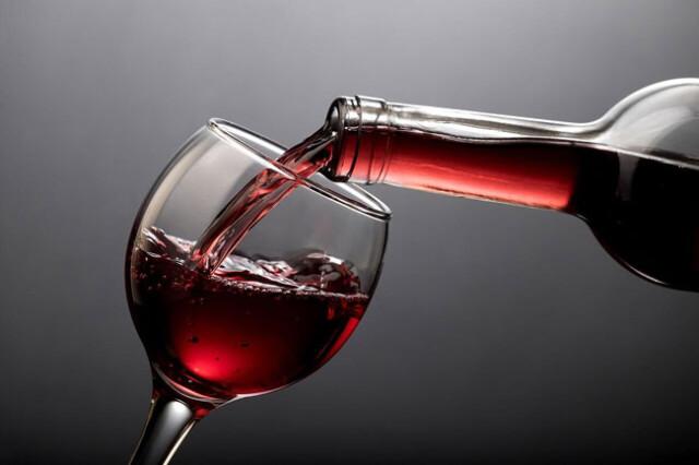 Beba vinho tinto diariamente