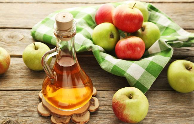 vinagre de maçã cru ou diluído