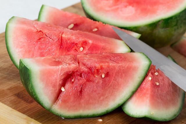 benefícios da melancia para a saúde
