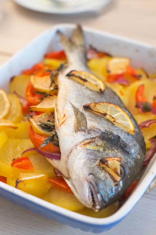 4 receitas de peixe assado no forno