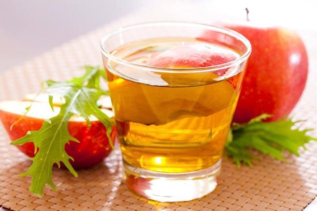 vinagre de maçã ajuda a tratar as varizes