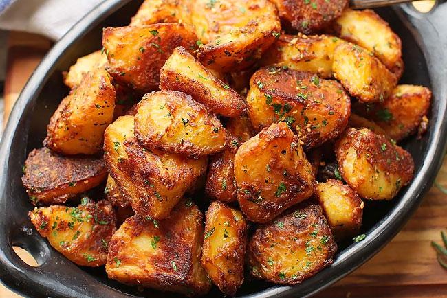 Batatas assadas são o melhor acompanhamento