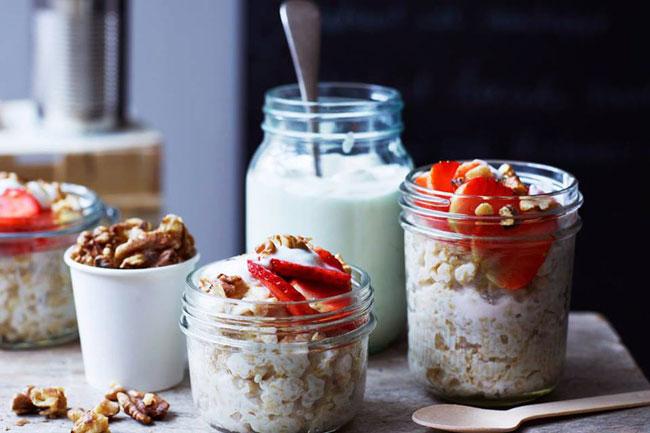 Iogurte ajuda a prevenir enfarte e AVC, diz estudo