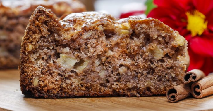 bolo de maçã simples com canela