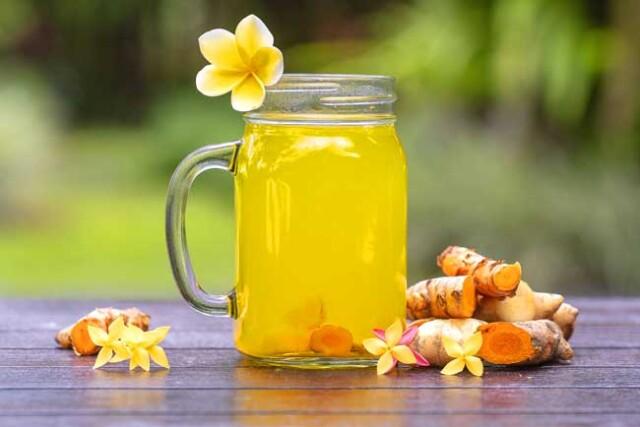 Limonada com açafrão