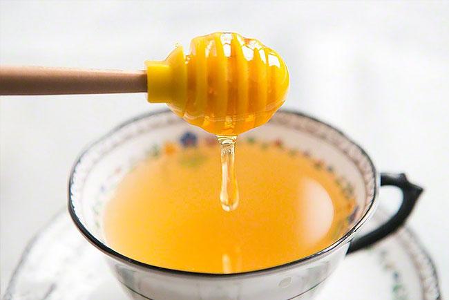 tomar mel com limão
