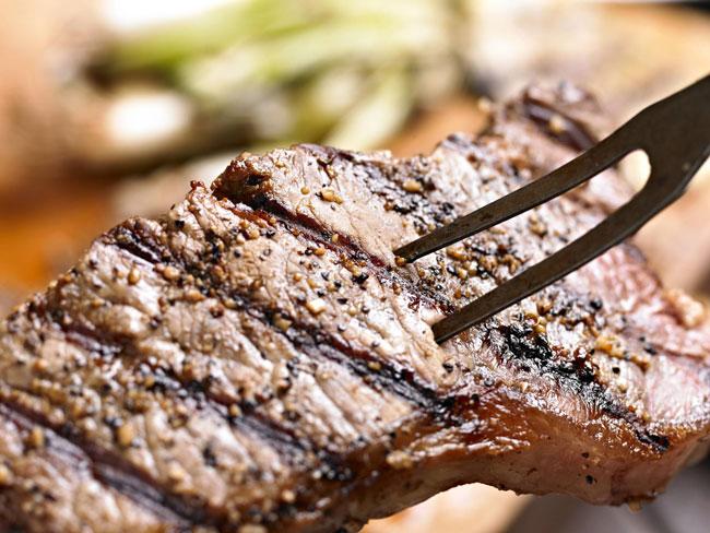 9 erros comuns ao cozinhar carne