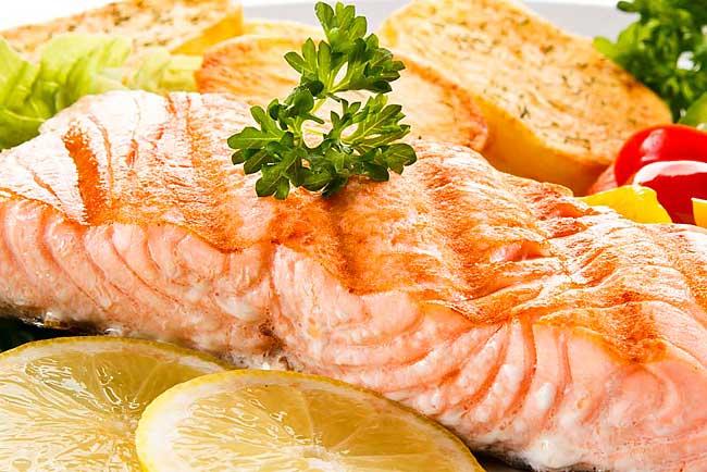 3 receitas de peixe assado no forno para comer e chorar por mais