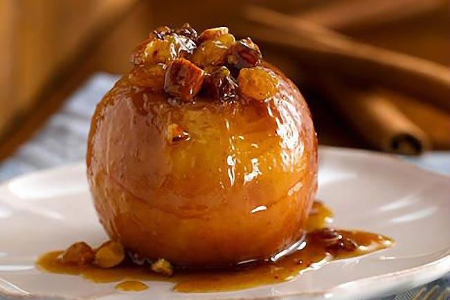 maçã assada com mel