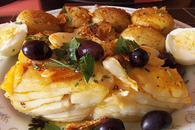 receitas de bacalhau assado com batatas a murro