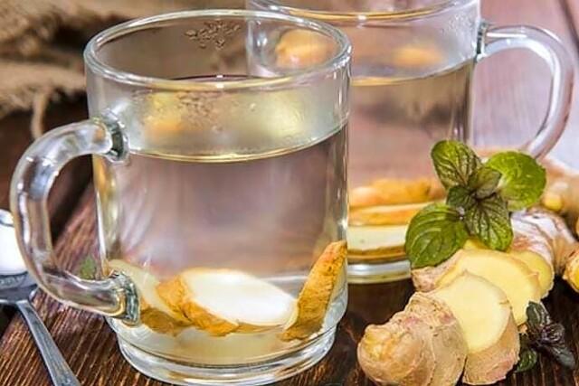 preparar água de gengibre