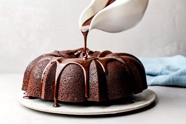 bolo de chocolate simples e fofinho