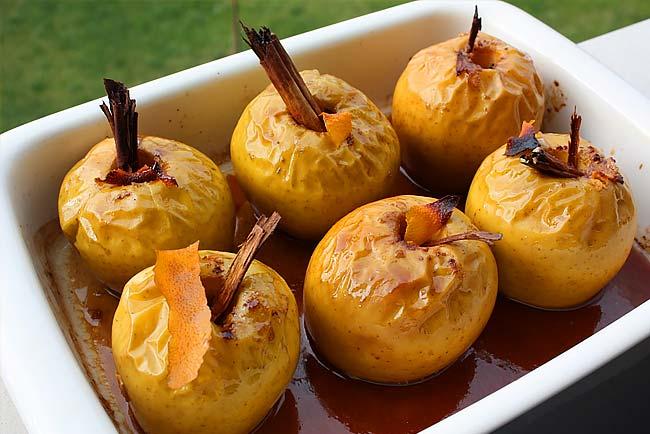 3 receitas de maçã assada