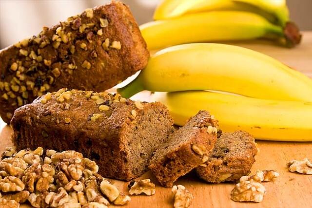 bolo de banana com aveia saudável
