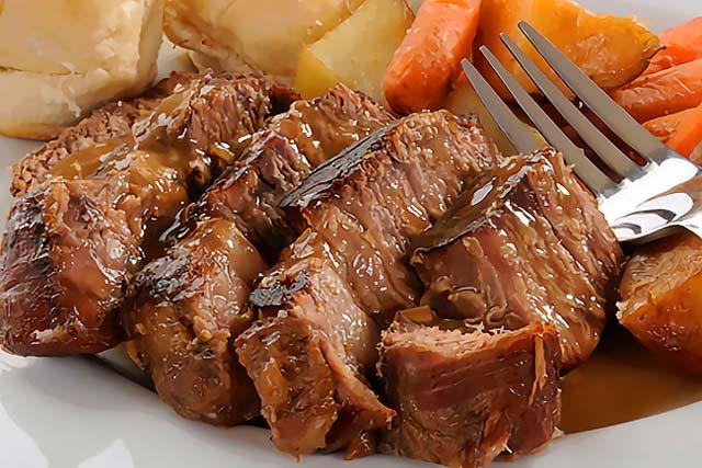 Faça carne assada suculenta e macia. Melhor não há!
