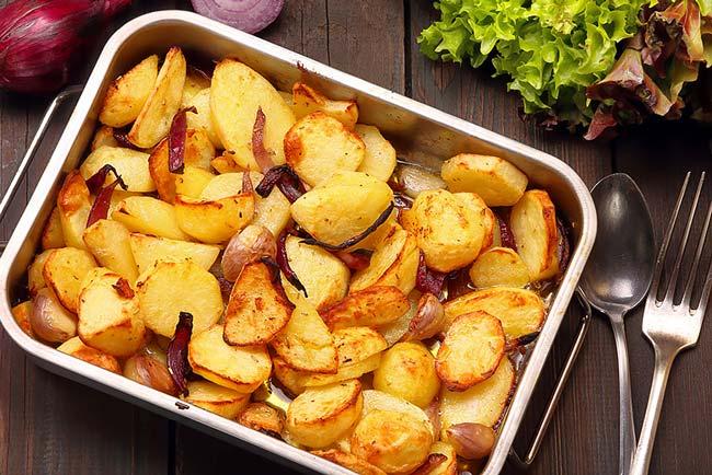 Batatas assadas suculentas e perfeitas