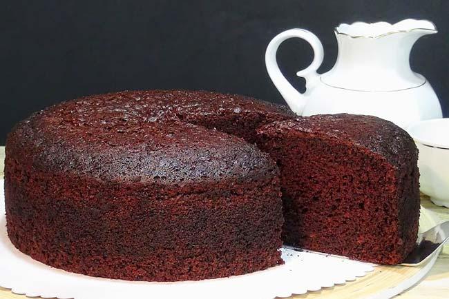 bolo de chocolate fácil e fofinho