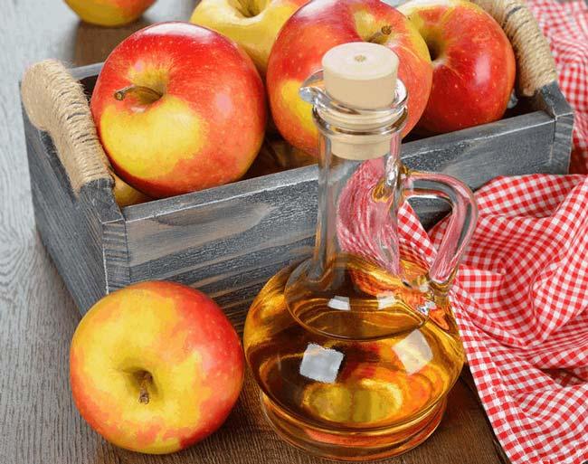 usar corretamente vinagre de maçã no rosto