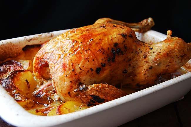 Suculento frango assado