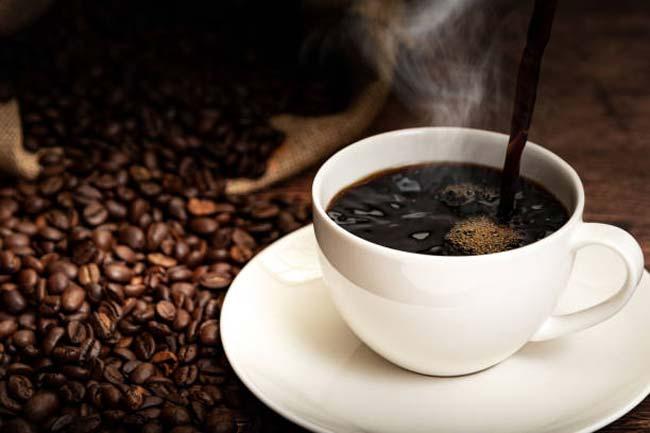 perigos do excesso de café