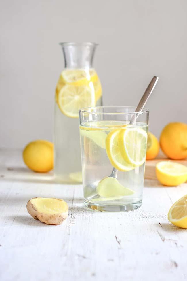 Água de gengibre com limão