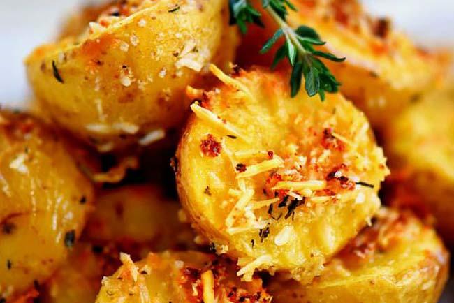 batatas assadas com queijo