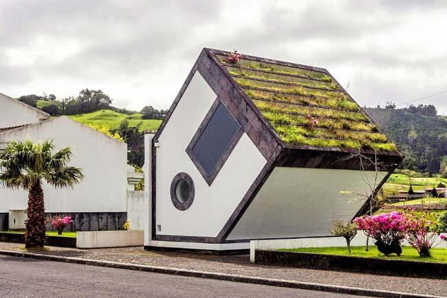 edifícios mais estranhos de Portugal