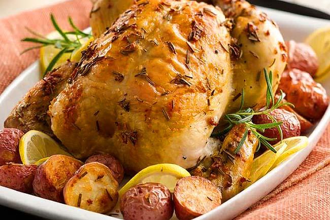 O melhor frango assado no forno