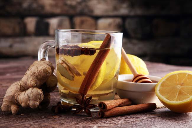 Como fazer chá de gengibre e canela