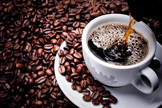 Café em cápsula ou em grão