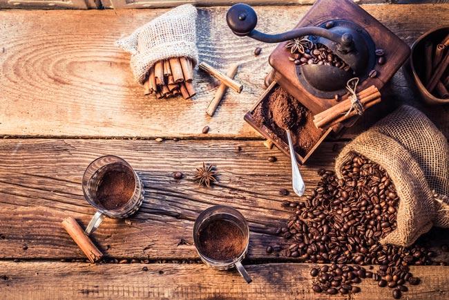 unir o café com canela