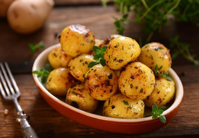 batatas assadas com cerveja