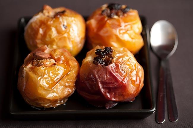 maçãs assadas com especiarias no microondas
