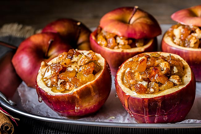 maçãs assadas com frutos secos