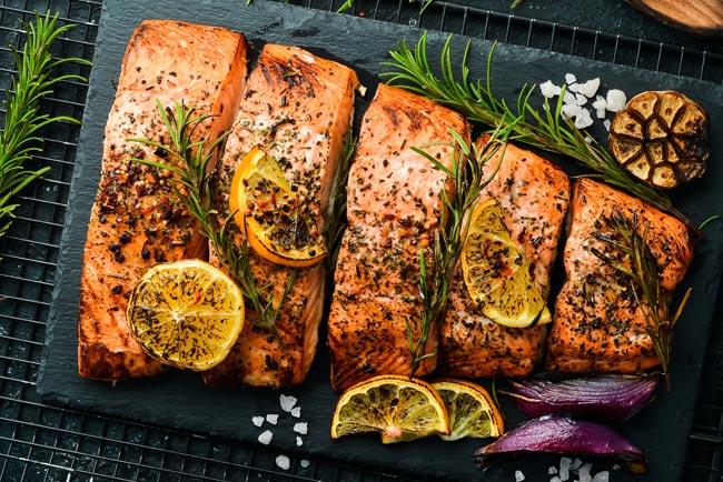 salmão assado com ervas