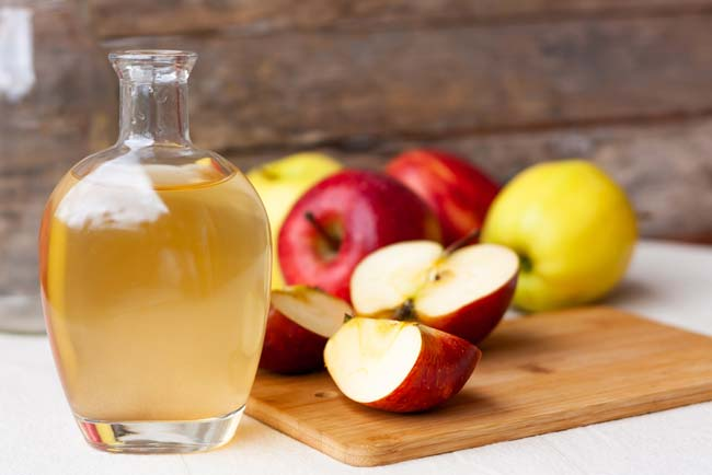 Vinagre de maçã trata da pele e do cabelo
