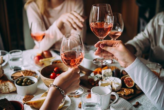vinho causa danos no cérebro