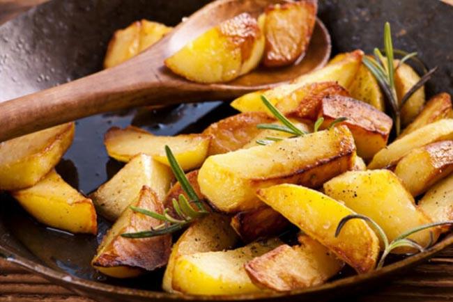 Batatas assadas simples