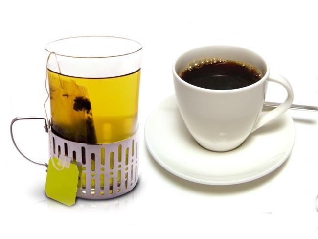 Chá verde ou café