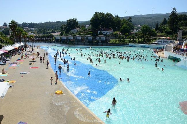 maior piscina de ondas de Portugal