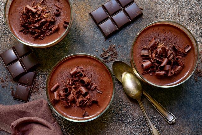 mousse de chocolate tradicional e caseira