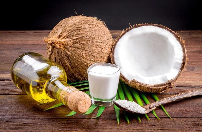 óleo de coco virgem na pele