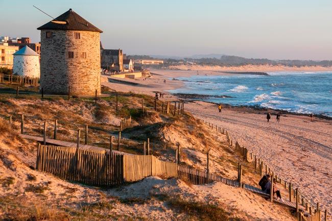 praia portuguesa que venceu o Prémio Cinco Estrelas Regiões