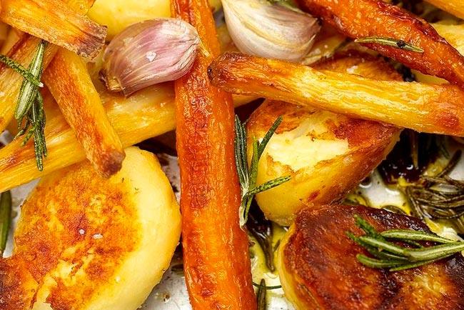 batatas assadas à Jamie Oliver