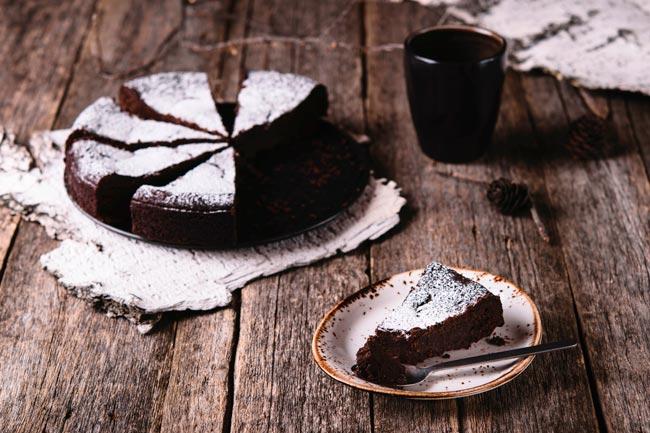 Bolo de chocolate molhadinho da avó Palmira