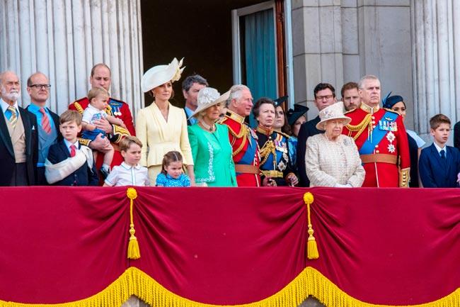 curiosidades inacreditáveis sobre a família real britânica