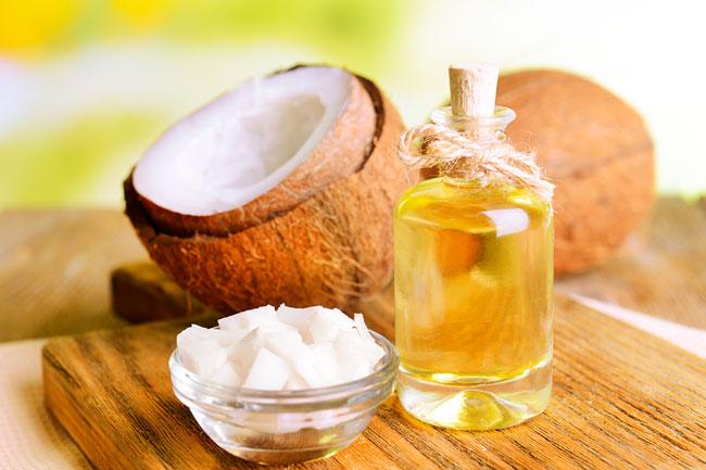 benefícios do óleo de coco para a pele