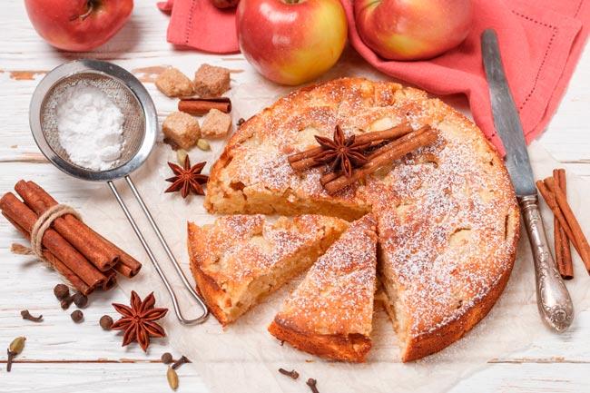 bolo de maçã molhadinho