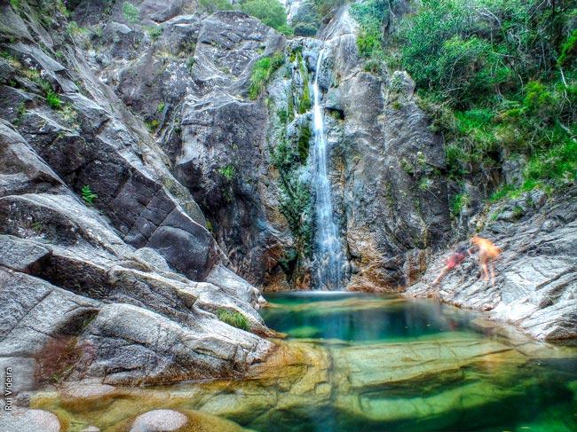 cascatas incríveis do Parque Nacional Peneda-Gerês